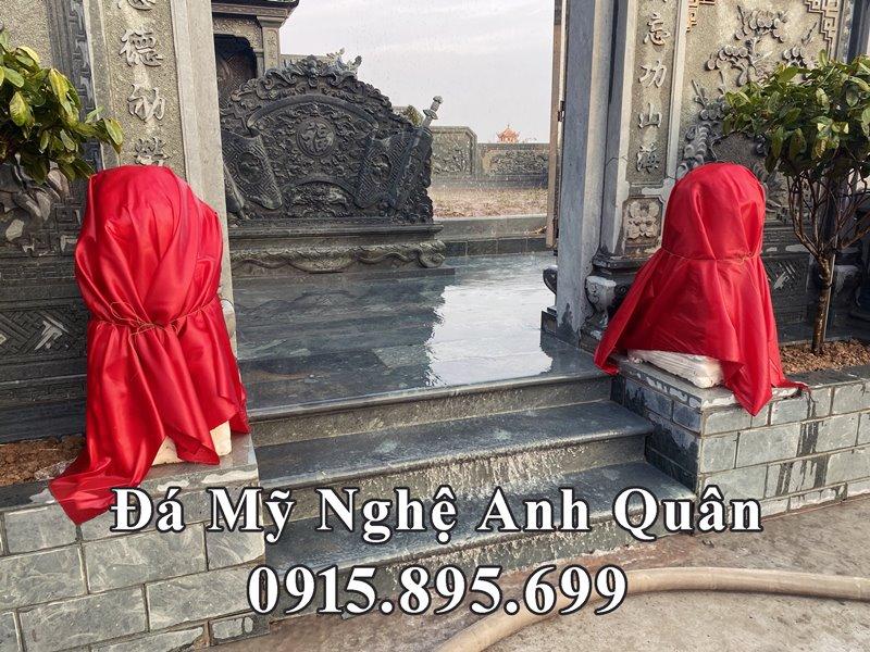Doi Nghe da trang phong thuy duoc dat truoc cong vao khu Lang mo da