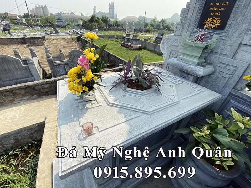 Bieu tuong Phong thuy tren nap ngoi mo